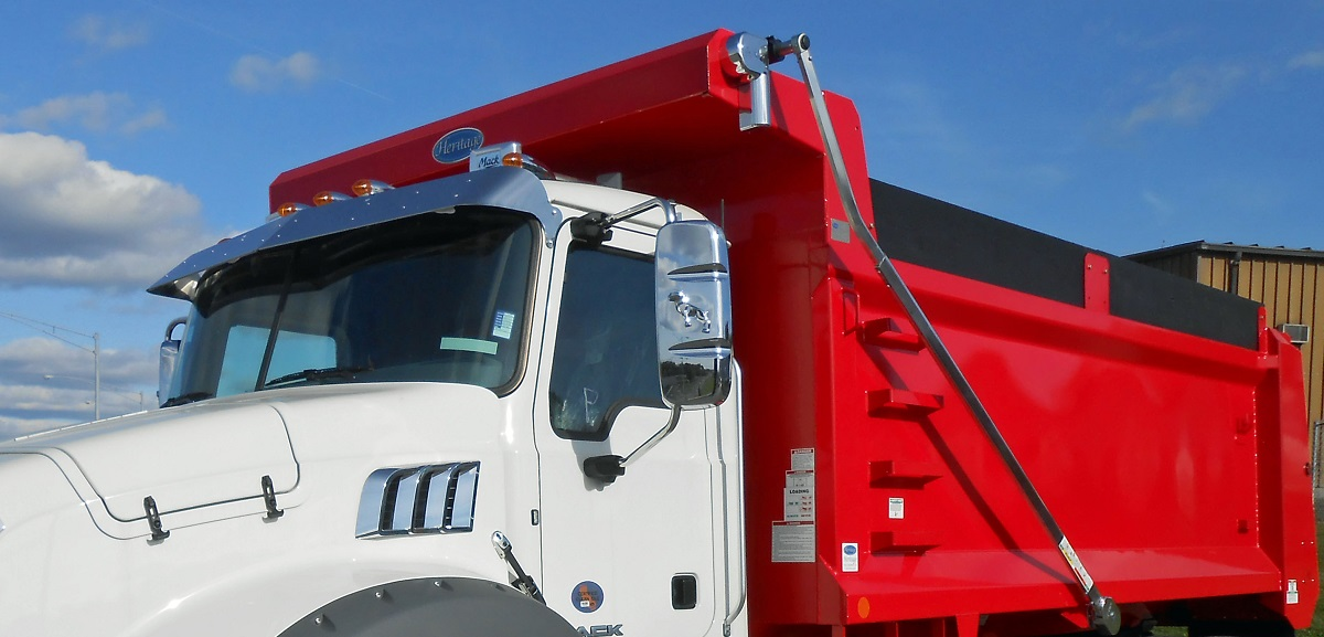 full-width-cab-shield-with-wind-deflector-2