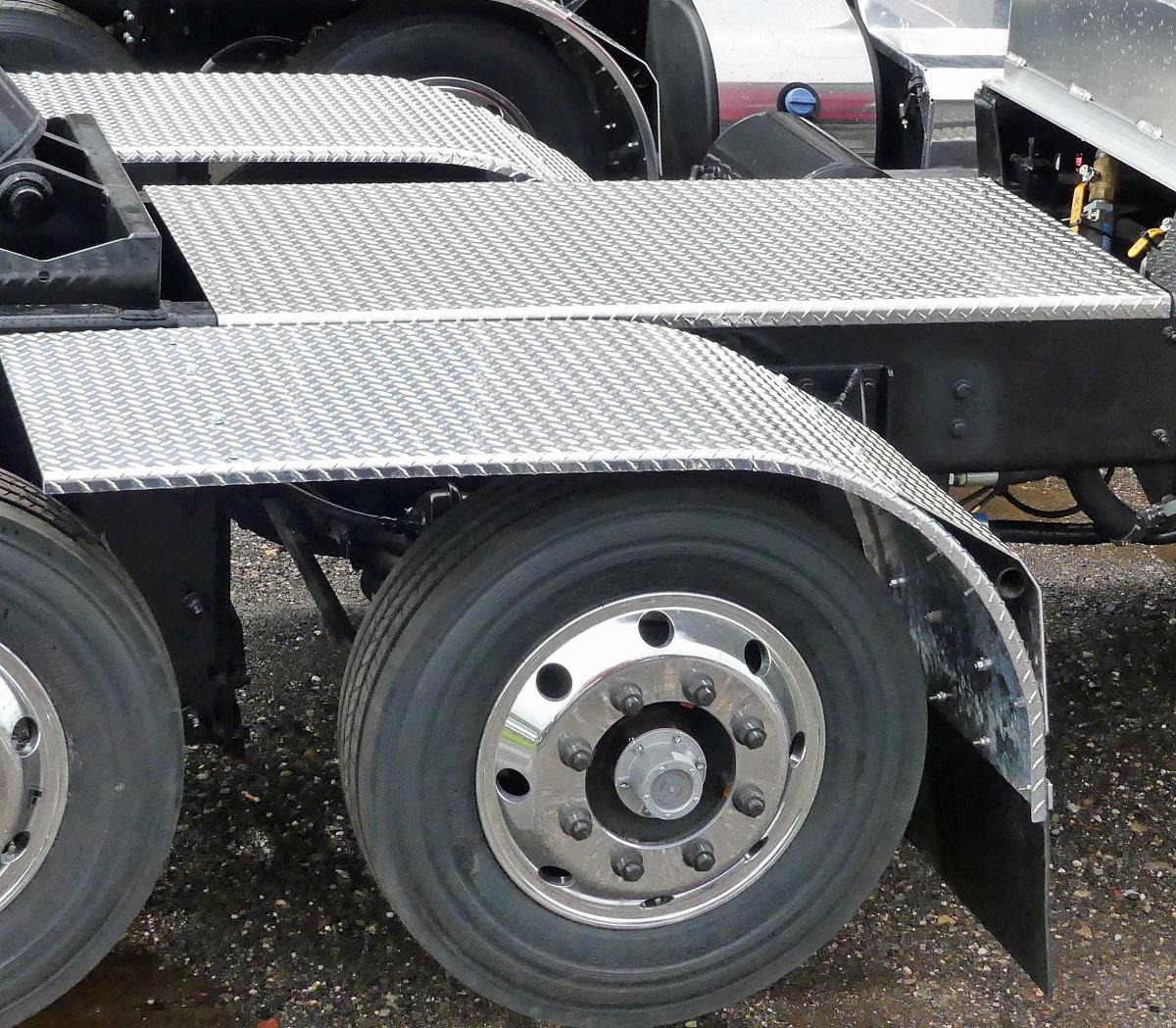 deckplate-and-fenders