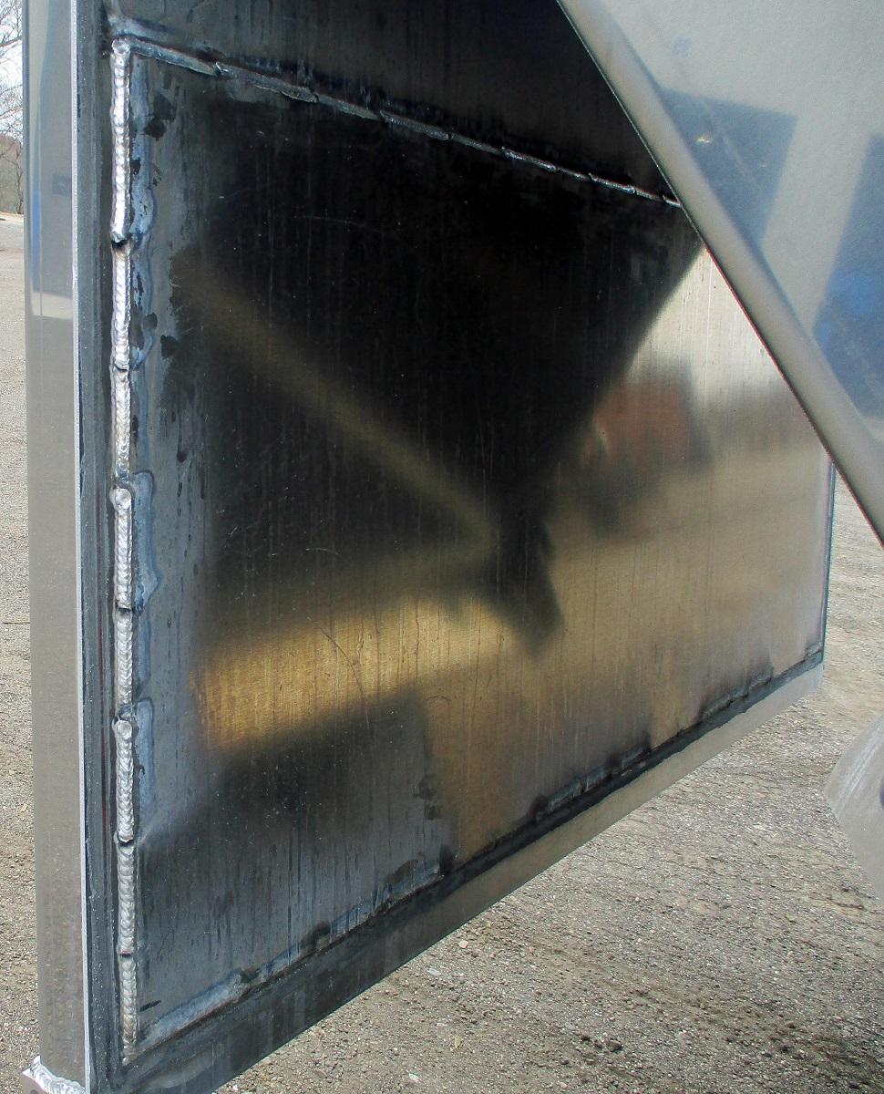 tailgate-liner-overlay