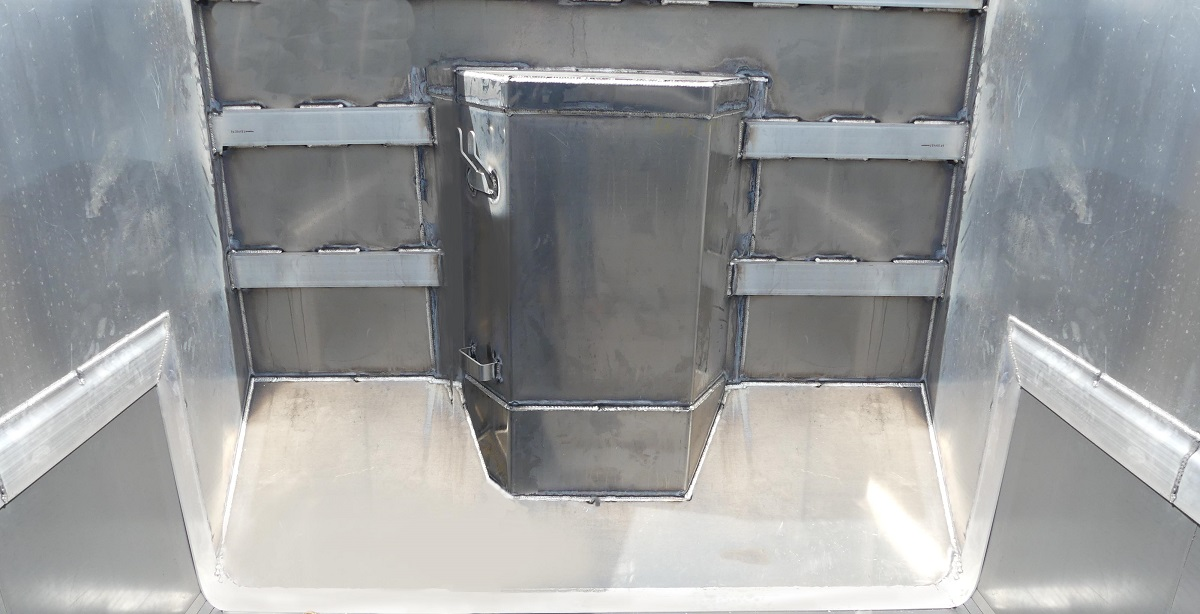 large-front-slope-plates-trunnion