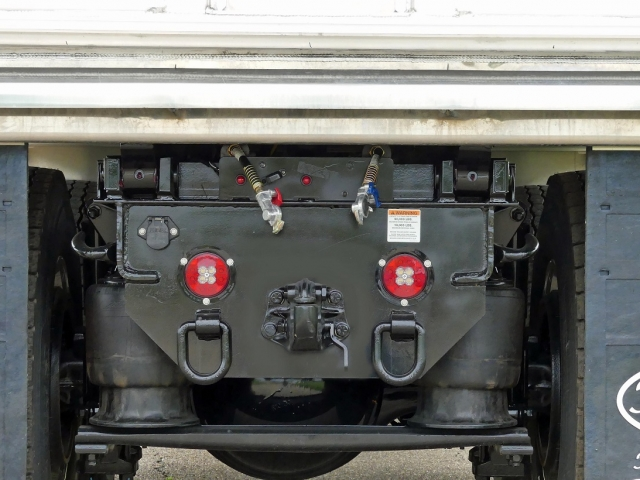 1-plate-45-ton-hitch-28-height-7-prong-hd-plug-gladhands